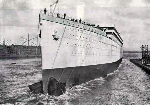 Спуск Олимпика на воду